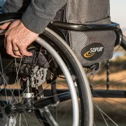 wheelchair-749985_1280-1024x682