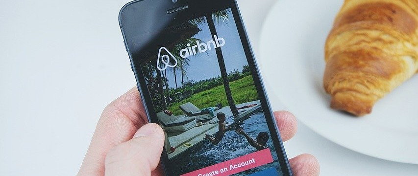 airbnb-2941142_1280
